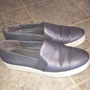 Vince real leather gray skipper like sneakers